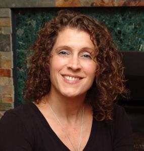 Author Hannah Mary McKinnon